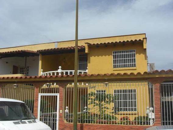 Casa En Venta Guatire Kl Mls #20-2331