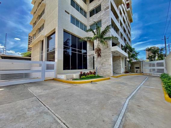Apartamento De 5 Habitaciones En Alquiler Edificio Monaco
