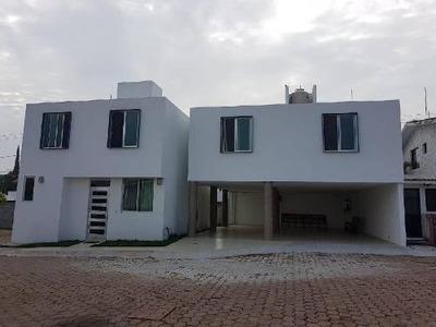 Casa Sola En En Villas De Irapuato, Irapuato, Guanajuato