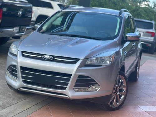 Imagen 1 de 9 de Ford Escape Se