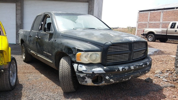 Ram Dodge 4 Puertas 2003 Accidentada...........yonkes