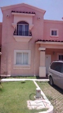 Casa En Renta En Excelente Fraccionamiento Con Doble Filtro De Seguridad Y Bonitos Jardines