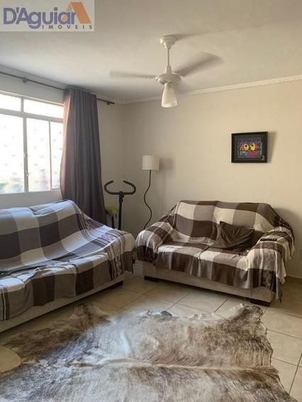 Casa Individual Com 2 Dormitórios, Edicula, Sala, Cozinha E 2 Banheiros - Dg2349
