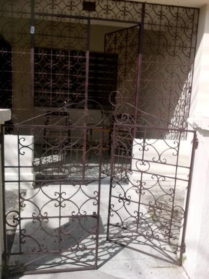 En Venta Casa Ubicada En La Coromoto, 04128921943