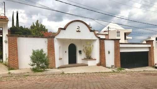 Amplia Casa En Venta León Gto