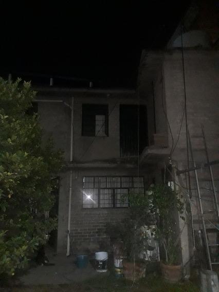 Casa Con 2 Recámaras, Sala, Cocina Comedor, Baño, Closet