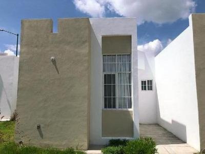 Renta Casa En Silao, Gto, Fraccionamiento Buena Villa (calle Villa Union No 10)