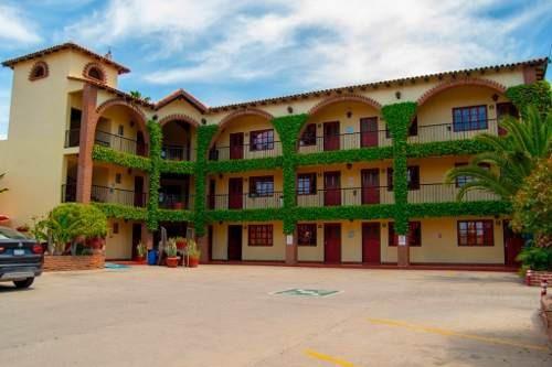 ¡¡ Atención Empresarios Hoteleros!!! Bonito Hotel Estilo Mexicano En Venta En La Ciudad De Ensenada