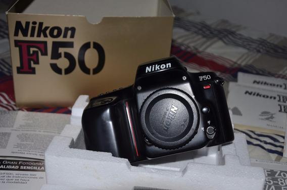 Nikon F50 + Lente Nikkor 35-80mm Colecionador .