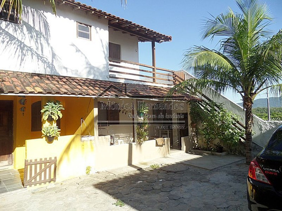 Condomínio De 5 Casas, Indo Para A Praia A Pé Bom Para Inves