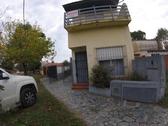 Venta Triplex 4 Ambientes 3 Dormitorios Con Gas Natural