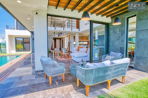 Imagen 1 de 14 de Moderna Casa En Venta, Flamingos, Nayarit $9,700,000 Mxn