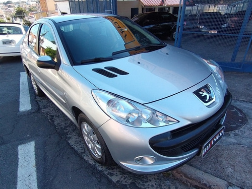 Imagem 1 de 14 de Peugeot 207 Sedan Passion 1.4 Xr Sport 8v Flex 4p Manual