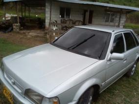 Mazda 323 Automovil