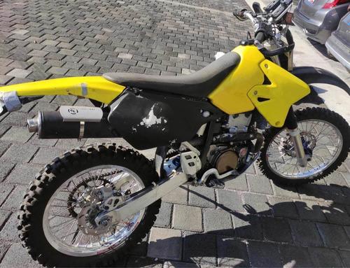 Imagen 1 de 5 de Suzuki Drz 400e