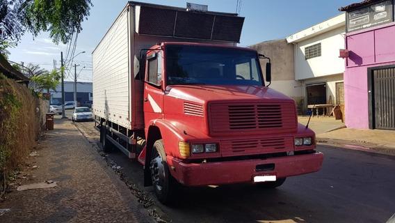 Caminhão Mb 1618 Toco Reduzido No Chassis Bau É A Parte