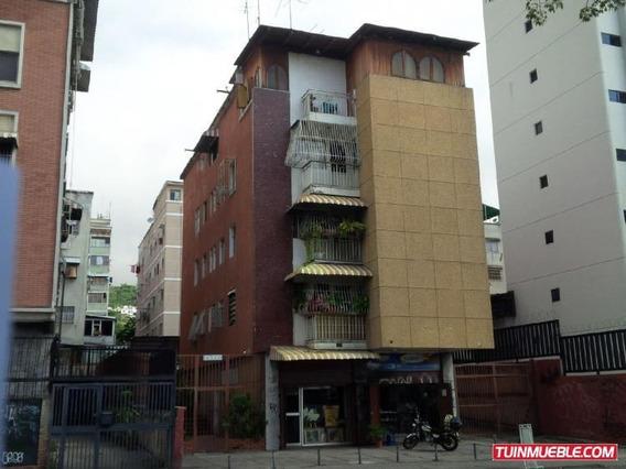 Apartamentos Remodelado En Venta Las Acacias. Impecable
