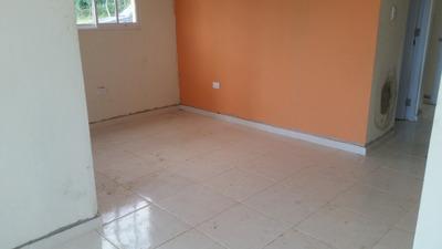 Casas De 3 Hab. 2 Baños, Patio Y Marquesina 829 323 9618