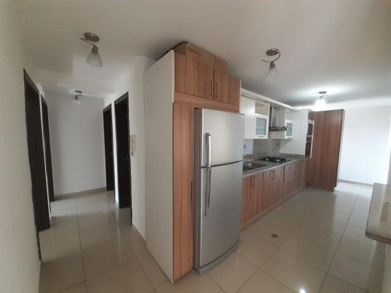 Apartamento En Alquiler Barquisimeto 20-11770 Jcg
