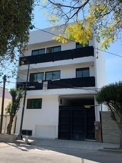 Edificio Céntrico Para Inversión / Tajín
