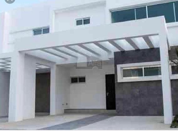 Preciosa Casa En Palmaris, En Av. Huayacan, 3 Rec, 3 Banos,