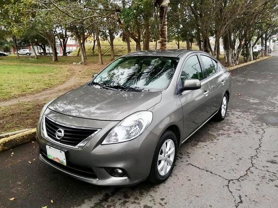 Nissan Versa Exclusive Ac 2013 Asientos De Piel A/a