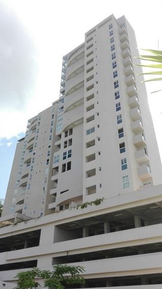 Apartamento En La Urbanización Ciudad Jardín Mañongo, Sector