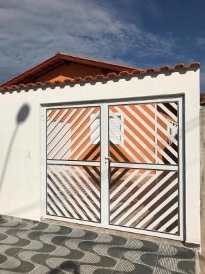 Casa Para Financiar - Com Piscina E Churrasqueira