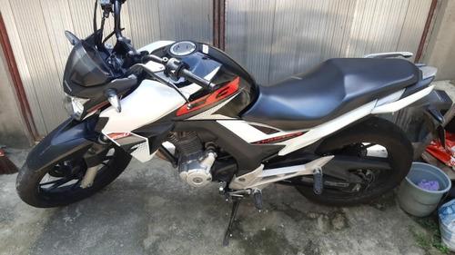 Imagem 1 de 6 de Honda Twister 250