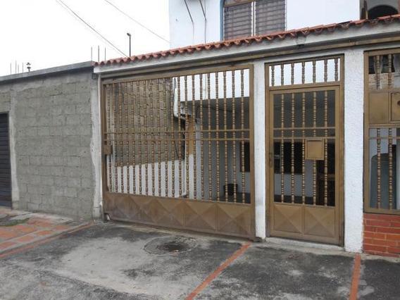 Casa En Alquiler Zona Este Barquisimeto Lara 20-18968
