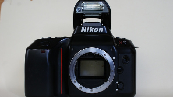 Camara Nikon N70 .solo El Cuerpo .