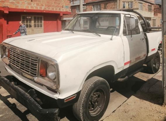Gran Camioneta Dodge 1975 Blanca, Gas, Transimision 300...