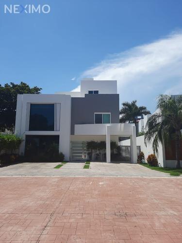 Imagen 1 de 27 de Venta De Casa Ubicada En Supermanzana 11 Benito Juarez, Quintana Roo
