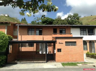 Family House Caracas- Casas En Venta