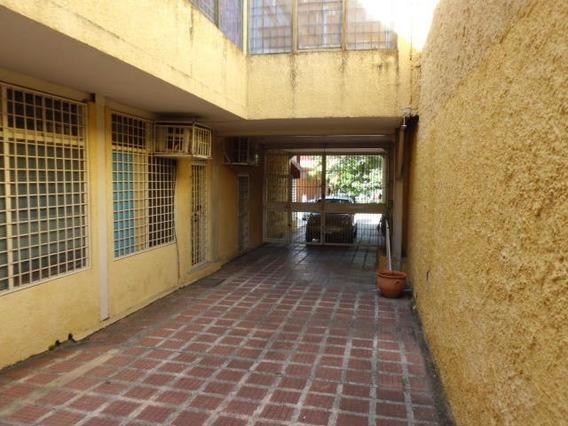 Oficina En Venta Cabudare Centro 20-809 Rbw