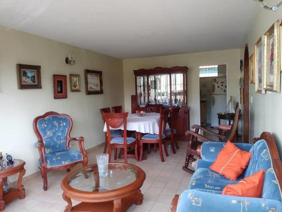 Se Vende Apartamento En La Viña, Sector Las Cocuizas
