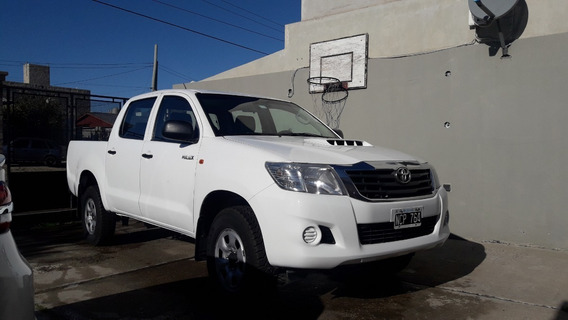 Toyota Hilux Dx Pack 4x4 2013