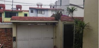 Bonita Casa En Fraccionamiento