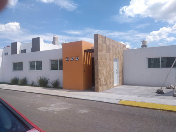 Casa Nueva De Un Nivel De 3 Recámaras Con Fachada Moderna