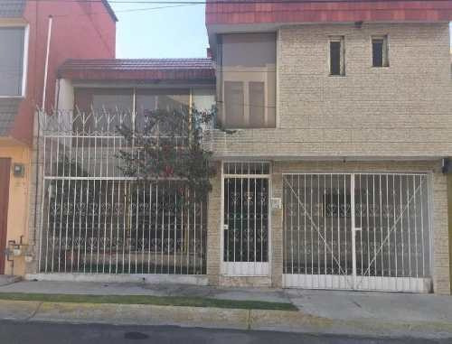 Casa En Renta, Unidad Victoria En Toluca, Estado De México