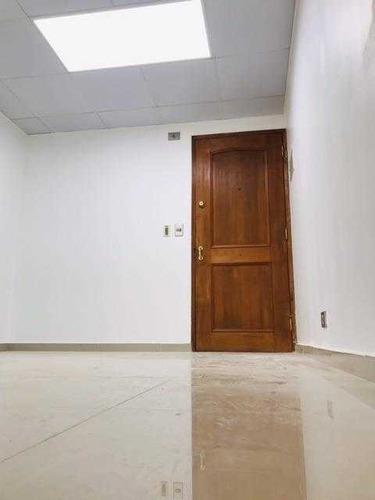 Imagen 1 de 8 de Oficina Impecable En Av. Las Condes