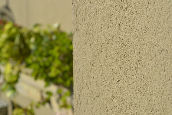 Revestimientos Paredes Impermeable Tarquini Raya 2 De 20 Kg