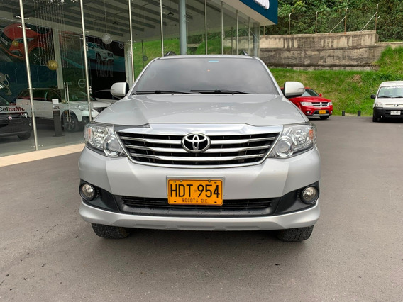 Toyota Fortuner 4x2 Aut Gasolina 2.700
