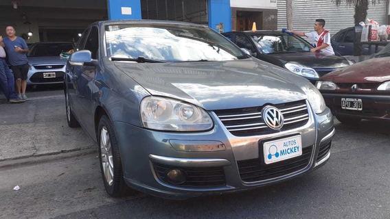 Volkswagen 2.5 Nafta Trictronic Gris Oscuro