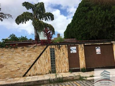 Casa A Venda Lagoa Nova. Excelente Para Escritório Ou Clínica