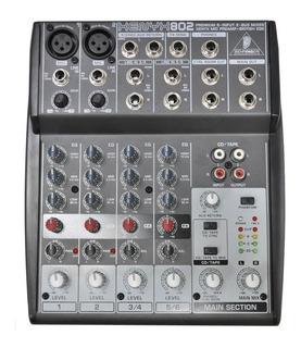 Consola Mixer Behringer Xenyx 802
