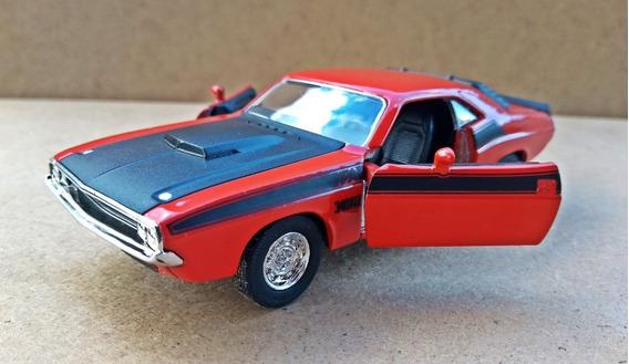 Miniatura Dodge Challenger 1970 Escala 1/32