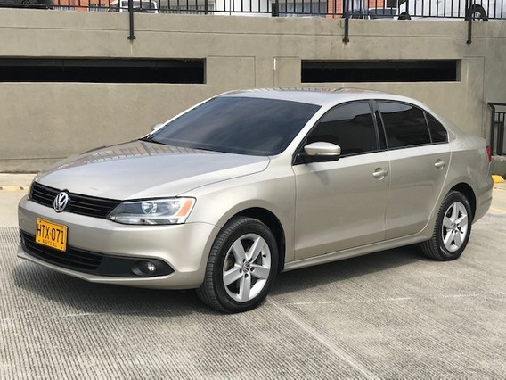 Volkswagen New Jetta Comfortline 2014 At