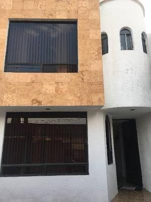 Casa En Venta En Fraccionamiento Estrellas Del Sur Zona Zavaleta Y Bvd Atlixco