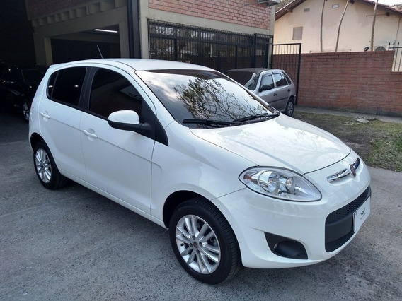 Fiat Palio 1.6 Essence Aut.
